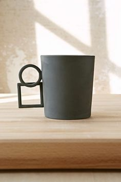 Aandersson Design Shapes 5 Mug- Dark Grey One from Urban Outfitters. Shop more products from Urban Outfitters on Wanelo. Ceramic Tableware, Ceramic Cups, Ceramic Art, Keramik Design, Beton Design, Pottery Mugs, Ceramic Pottery, Mugs Sharpie, Mug Diy