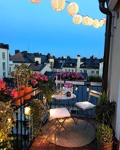 I miss summer nights : CozyPlaces Small Balcony Garden, Small Balcony Decor, Outdoor Balcony, Balcony Design, Rooftop Terrace, Outdoor Decor, Cosy Apartment, Apartment Interior, Apartment Design