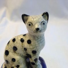 Vintage Fitz & Floyd Cat Trinket Box 1981 Spotted Kitty & Blue Pillow