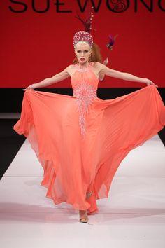 LA Fashion Weeks Bold, Seductive, Sexy Start
