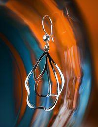 Tanna Rantanen / Tanna Design - Kevät (hanging earrings) NordicJewel.com Hanging Earrings, Drop Earrings, Scandinavian Design, Pendants, Seasons, Jewellery, Spring, Bracelets, Jewels