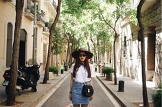 Discovering Barcelona #Barcelona #daphale #travel #fashionblogger #Lifestyle #Fashion #66thelabel #hat #fedora #streetstyle