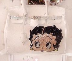 Always love betty boop stuff Betty Boop Purses, Betty Boop Cartoon, Dog Urine, Birthday Wishes For Myself, Betty Boop Pictures, Kate Spade Handbags, Purses And Handbags, Retro Fashion, My Girl