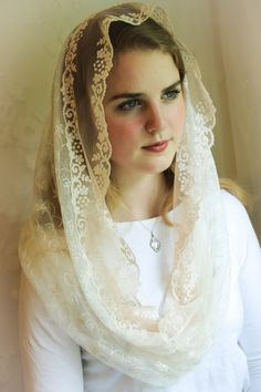 Evintage Veils~ Our Lady Blush/Cream  Embroidered Lace Chapel Veil Mantilla Latin Mass Infinity Veil