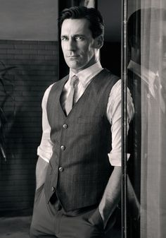 "Jon Hamm of the TV show ""Mad Men"". Thank You Mad Men but especially thank you, Jon Hamm! Jon Hamm, Dapper Gentleman, Gentleman Style, Mad Men Fashion, Actrices Hollywood, Raining Men, Mode Style, Men's Style, Wedding Men"