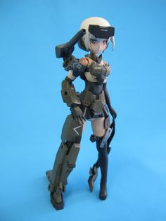 A very popular series of art work and model kits coming out of Japan with a soon to be released anime. When snapped the model is very toy like and in this vi. Frame Arms Girl, Popular Series, Watch V, Scale Models, Artwork, Youtube, Anime, Work Of Art, Auguste Rodin Artwork
