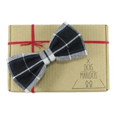 Gravata Borboleta - Dois Maridos.  #Bowtie #GravataBorboleta #Gravata #Noivo #Padrinhos #Wedding #Bowtie #DoisMaridos #Style #Fashion #modamasculina