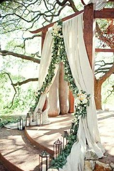 Take inspo from this romantic wedding arch when planning a woodland wedding. – Brit Morin Take inspo from this romantic wedding arch when planning a woodland wedding. Take inspo from this romantic wedding arch when planning a woodland wedding. Garland Wedding, Wedding Bells, Wedding Flowers, Wedding Backdrops, Decor Wedding, Wedding Themes, Altar Wedding, Wedding Photos, Wedding Designs