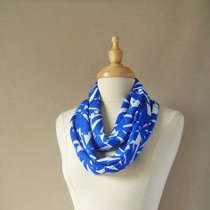 Sapphite Blue and white Geometric Flower Shapes Infinity Scarf