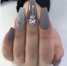 Cute nail look design