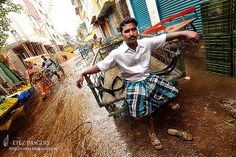 Photographer Visithra Manikam tells Brandon Hoops the story behind one of her favorite pictures from Chennai. Photography Services, Kuala Lumpur, Chennai, Kerala, Discovery, Journey, India, Culture, Photographers
