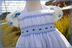Smocking plate with several rows not smocked or back-smocked