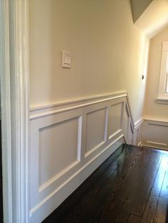 DIY: Wainscoting - 2-3 floor stairway and upstairs hall??
