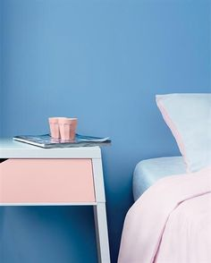 Pantone 2016 colours- Serenity and Rose quartz Pantone's colour of the year are remarkable for a number of reasons: check out why!