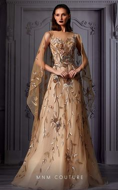 Designer Evening Gowns, Evening Dresses, Prom Dresses, Unique Formal Dresses, Formal Gowns, Golden Dress, Golden Gowns, Royal Ball Gowns, Up Dos