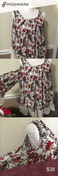 Hipster Floral Lace Trimmed Dress NWT!! Brand new. Cold shoulder detail. Lace trimmed sleeves and bottom! Perfect flowy summer dress. Size small but flowy so it can fit bigger! San Joy Dresses