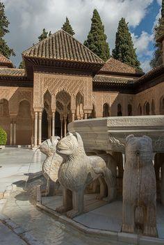 The Alhambra, Patio de los Leones - Granada, Spain