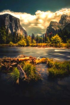 Are you looking for tips on what to do while checking out Yosemite NP in California, USA? Click now to find some wonderful information. Landscape Photos, Landscape Photography, Nature Photography, Yosemite National Park, National Parks, Photos Voyages, Nature Pictures, Belle Photo, Amazing Nature
