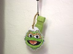 Personalize your flashdrives with a muppet-face