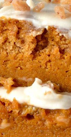 Banana and pecan cake - HQ Recipes Banana Recipes, Pumpkin Recipes, Cake Recipes, Dessert Recipes, Just Desserts, Delicious Desserts, Yummy Food, Crunch Cake, Pecan Cake