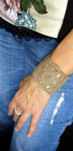 Armbänder - *** ARMBAND *** - ein Designerstück von crochet bei DaWanda