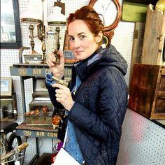 "1,247 likerklikk, 13 kommentarer – Taylor Tomasi Hill (@ttomasihill) på Instagram: ""Locked and loaded 🔫 #LovedandFound has launched @currentelliott #GetYourGiftOn #vintagegifts"""