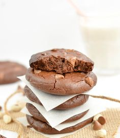 Moist Flourless Double Chocolate Peanut Butter Cookies. Whip them in 5 minutes with only 6 ingredients. Grain free, Gluten free, dairy free, paleo, healthy.
