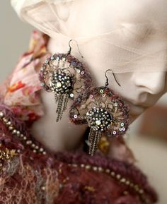 Cloudette+delicate+hand+embroidered+earrings+with+por+bonheur