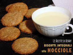 Biscotti Integrali alle Nocciole senza Uova, Latte e Burro | Le Ricette di Berry I biscotti integrali alle nocciole sono dei golosi biscottini molto ...