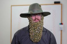 Beard of Bees Costume: This Halloween I decided to make a faux beard of bees, Here is what I did. Childrens Halloween Costumes, Creative Halloween Costumes, Diy Costumes, Costume Halloween, Halloween Ideas, Costume Ideas, Eve Costume, Animal Costumes