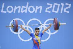 Sergio Rada, uno de los santandereanos en Londres, compitió en levantamiento de pesas (56 kg). Logró levantar en envión 151 kg. (EFE/VANGUARDIA LIBERAL)