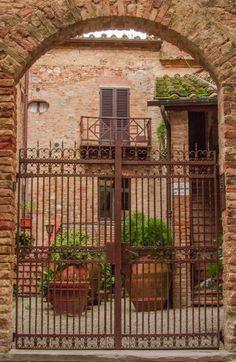 Gate - San Gimignano, Siena