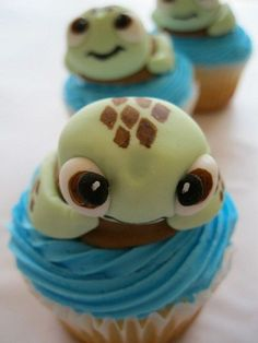 Squirt Cupcakes!