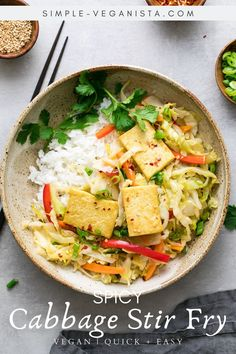 Cabbage stir fry recipe with red bell pepper, carrots and green onions seasoned with a light and flavorful sauce and served with crispy tofu is a quick and easy, healthy meal ready in 30 minutes! Vegan + GF recipe. #healthyrecipes #veganrecipes #plantbased Stir Fry Recipes, Tofu Recipes, Whole Food Recipes, Vegetarian Recipes, Cooking Recipes, Vegan Meals, Vegan Food, Diet Recipes, Healthy Food
