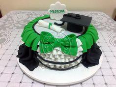 bolo-decorado-formatura-medicina/Graduation Cake