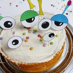 Monster Deko Picker als lustige Torten Topper    Diese Monster Deko Picker verwandeln in nur zwei einfachen Schritten Deinen Kuchen, Muffins, Snacks & Co. in ein monsterstarkes Geburtstagsbuffet!    Auf blog.balloonas.com findest Du außerdem viele weitere Ideen für Deinen Kindergeburtstag zum Motto Monster!    #kindergeburtstag #motto #mottoparty #monster #birthday #party #kids #diy #dekopicker #topper #backen #essen #kuchen #muffins