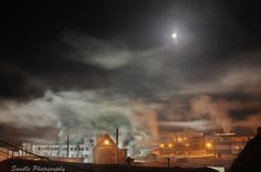 Ice fog in Inuvik morning of January 20th, 2011 with the full moon, Saville  Photography