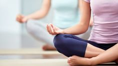 5 Common Yoga Mistakes Weakening Your Workout   Bustle