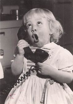 Black and White Photography with little girl and telephone I Smile, Make Me Smile, 1000 Awesome Things, Cute Kids, Cute Babies, 3 Kids, Say Hi, Beautiful Children, Vintage Children