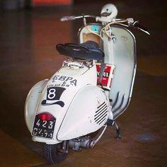Vespa Motorcycle, Vespa Bike, Piaggio Vespa, Lambretta Scooter, Vespa Scooters, Scooter Scooter, Vespa Retro, Retro Scooter, Vintage Vespa