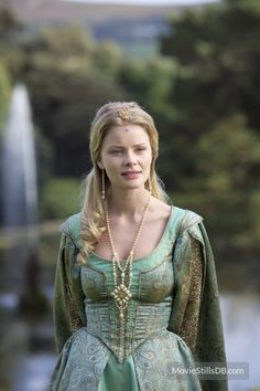 The Tudors publicity still of Anita Briem