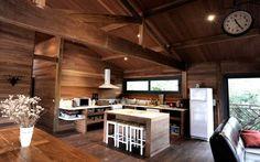 http://www.casamiddas.com/2014/04/casas-pre-fabricadas-de-madeira-sao.html
