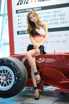 Racing - Model - http://www.luckypost.com/racing-model-19/