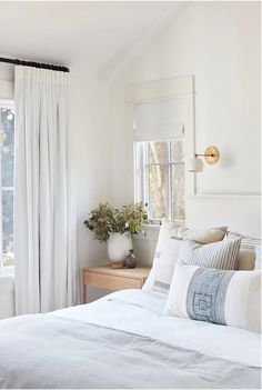 Airy bedroom pillows for a casual California vibe. how to have a soft neutral bedroom perfect for a coastal home. Bedroom Proof that Cream & White is Anything but Boring Airy Bedroom, Home Bedroom, Modern Bedroom, Master Bedroom, Bedroom Decor, Bedroom Ideas, Bedroom Neutral, Casual Bedroom, Apartment Decoration