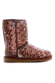 Ugg Classic Short Sparkles Boot In Autumn.
