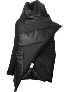 Shop Gareth Pugh asymmetric padded jacket in Julian Fashion from the world's best independent boutiques at farfetch.com. Over 1000 designers from 300 boutiques in one website.