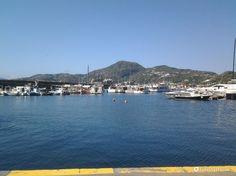 http://foto.fidelityhouse.eu/viaggi/delle-imbarcazioni-nel-porto-di-lipari-18257.html