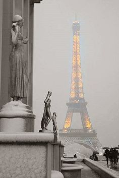 Paris in winter <3 #France #travel The eiffel tower
