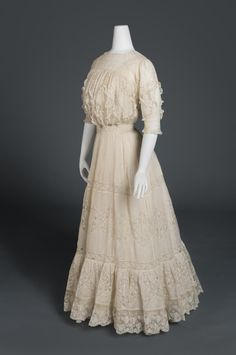 Woman's Dress  Artist/maker unknown, American  Geography: Made in United States, North and Central America Date: c. 1908 Medium: Cotton organdy with machine-made Valenciennes lace and trim Accession Number: 1966-163-2