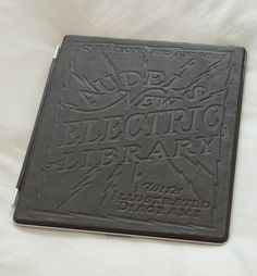 Gorgeous hand-made embossed leather iPad 2 case (from HYPERlinks weekly blog post)